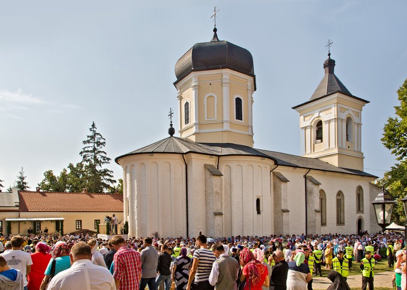 large_Capriana_Monastery_6.jpg