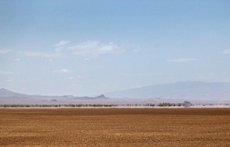 large_Chalbi_Desert_131.jpg
