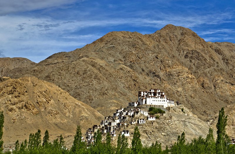 large_Chemdey_Monastery_2.jpg