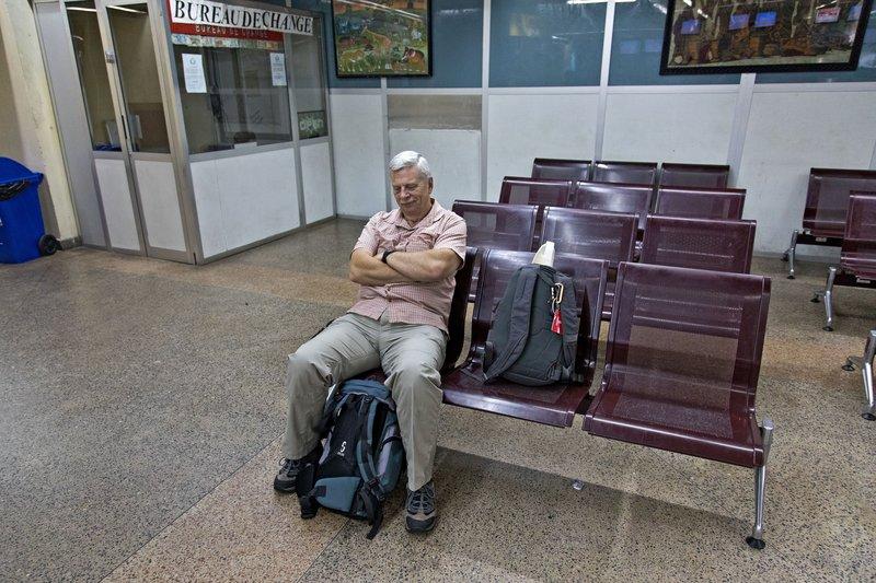 large_Dar_es_Salaam_Airport_1.jpg