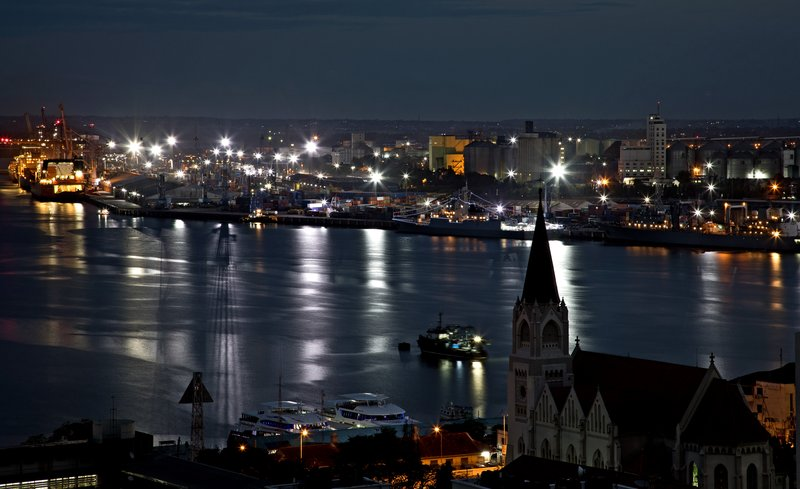 large_Dar_es_Salaam_at_Dusk_5.jpg