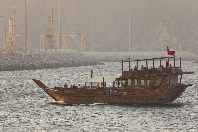 large_Dhow_4.jpg