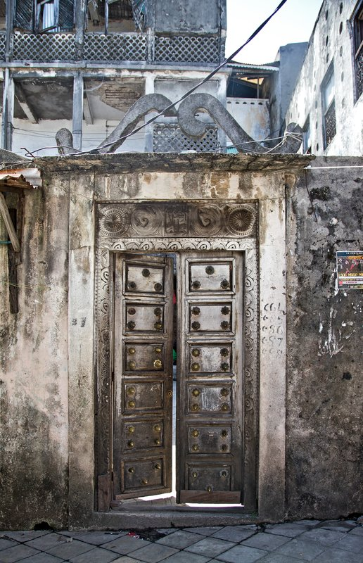 large_Doors_to_t.._of_Comoros.jpg