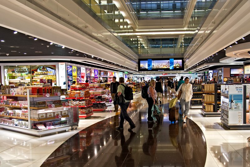 large_Dubai_Airport_Shopping_1.jpg