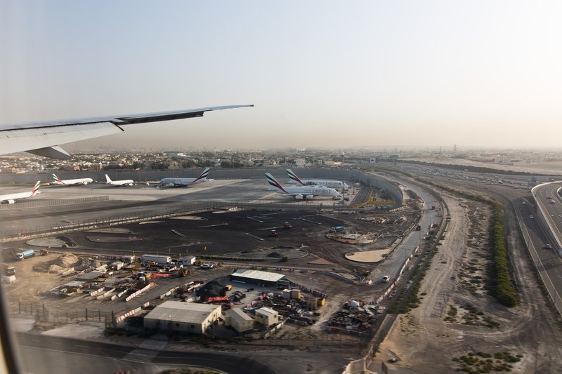 large_Dubai_from_the_Air_6.jpg