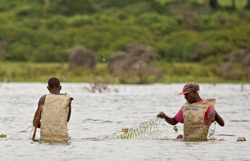 large_Fishermen_.._Naivasha_8.jpg