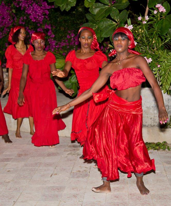 large_Haitian_Fo.._Dancing_32.jpg