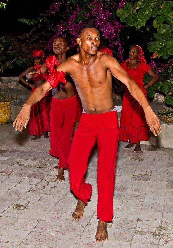 large_Haitian_Fo.._Dancing_33.jpg