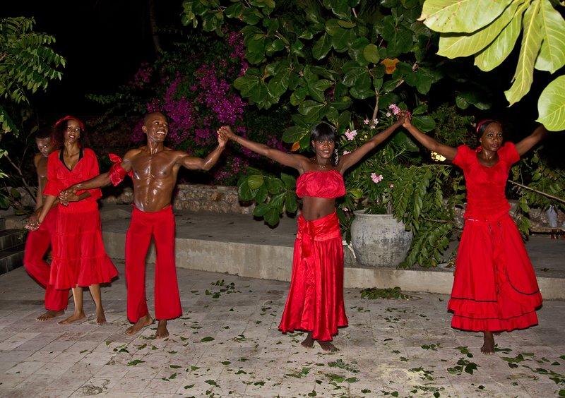 large_Haitian_Fo.._Dancing_48.jpg