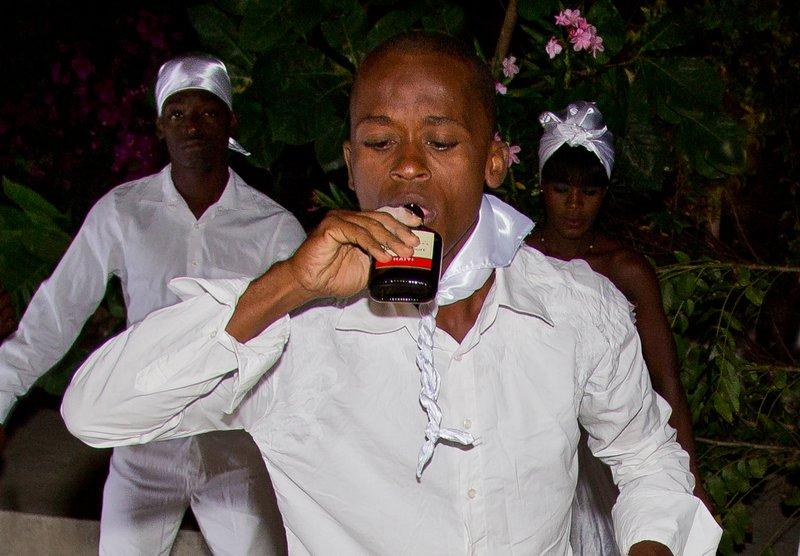 large_Haitian_Fo..e_Dancing_6.jpg
