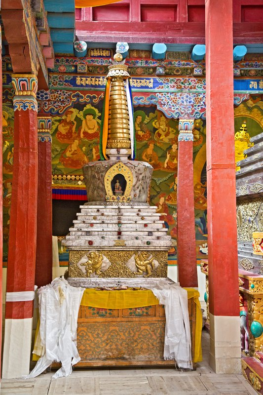 large_Hemis_Monastery_18.jpg
