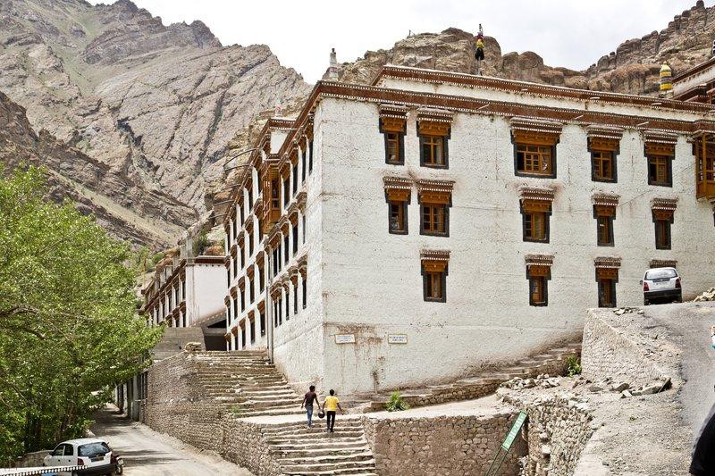 large_Hemis_Monastery_4.jpg