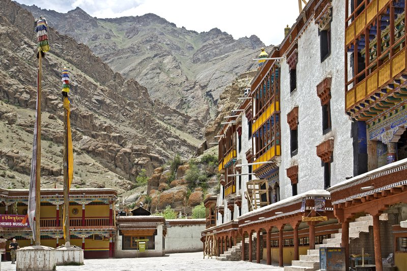 large_Hemis_Monastery_6.jpg