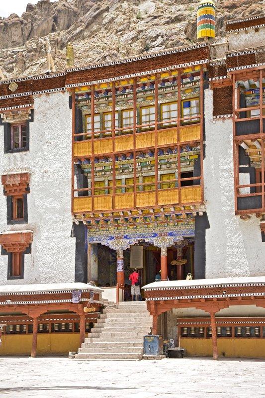 large_Hemis_Monastery_8.jpg