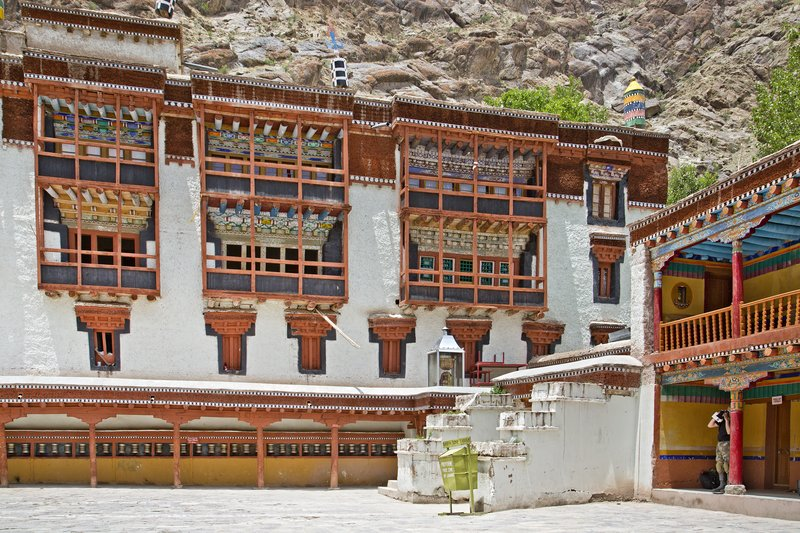 large_Hemis_Monastery_9.jpg