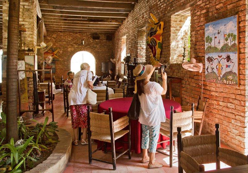 large_Hotel_Florita_2.jpg