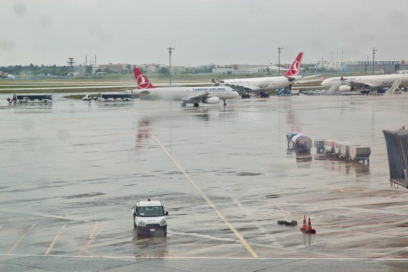 large_Istanbul_Airport_3.jpg