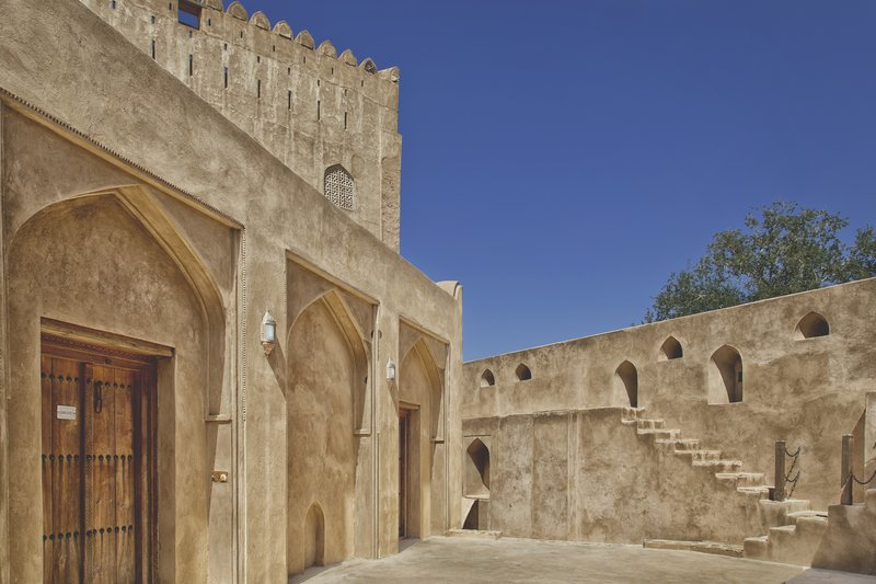 large_Jabreen_Castle_8.jpg