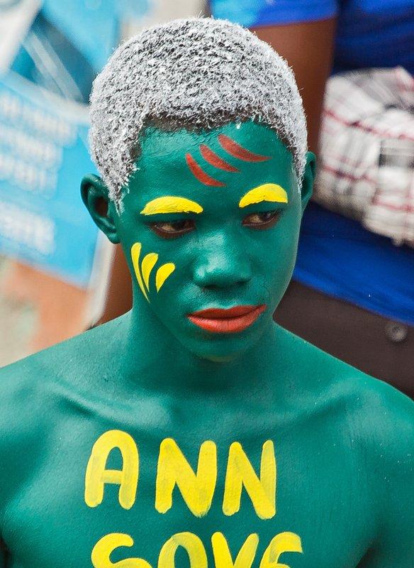 large_Jacmel_Carnival_274.jpg