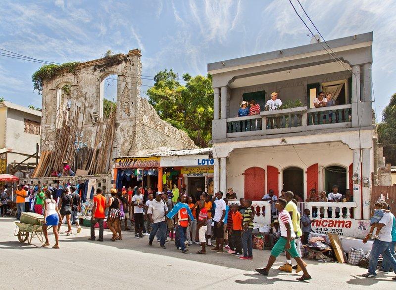 large_Jacmel_Carnival_70.jpg