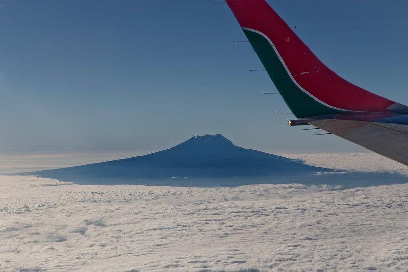 large_Kenya_Airw..Mount_Meru2.jpg
