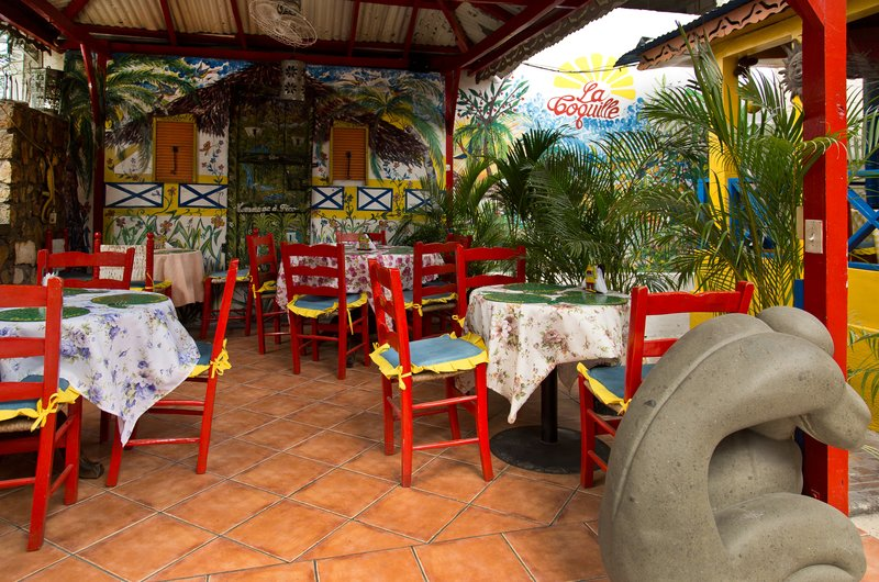 large_La_Coquille_Restaurant_2.jpg