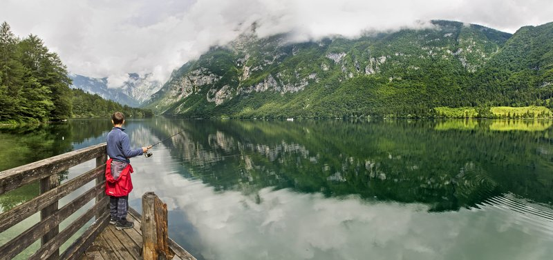 large_Lake_Bohinj_20.jpg