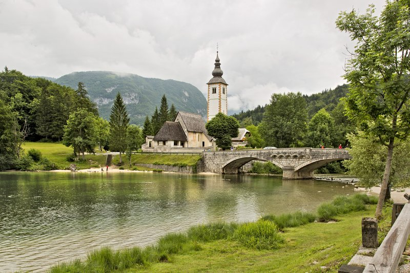 large_Lake_Bohinj_8.jpg