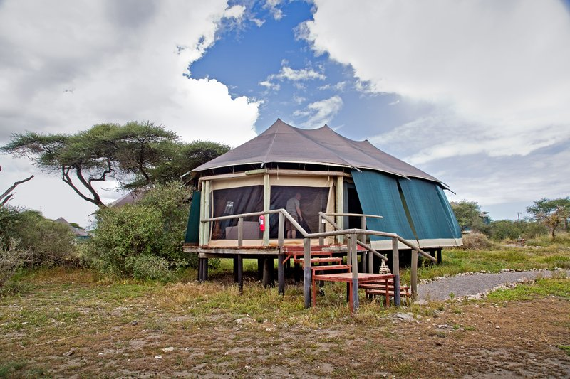 large_Lake_Masek_Tented_Camp_21.jpg