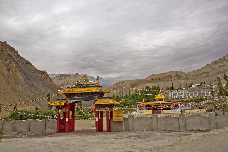 large_Lamayuru_Monastery_5.jpg