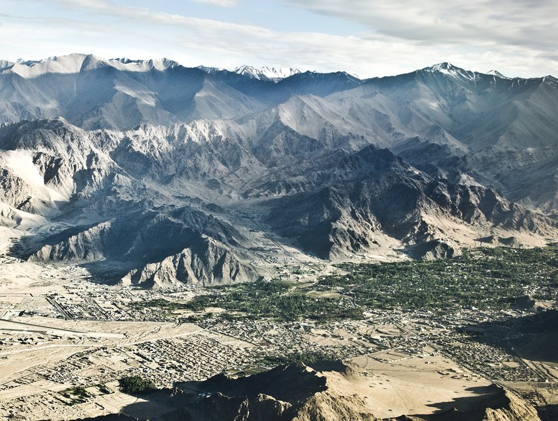 large_Leh_from_the_Air_8.jpg