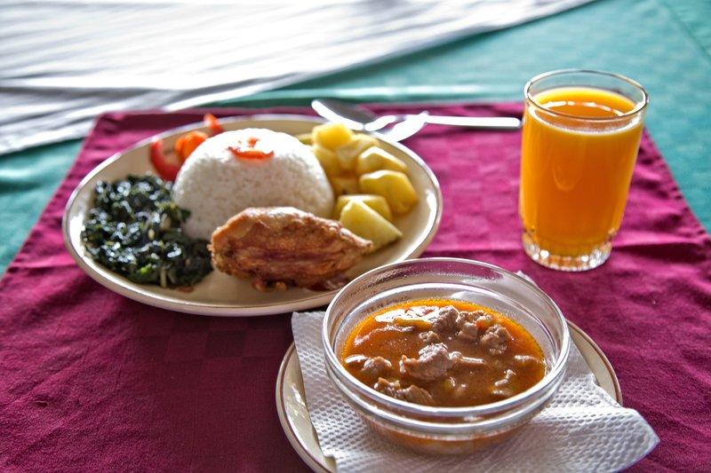 large_Lunch_-_gr..mango_juice.jpg