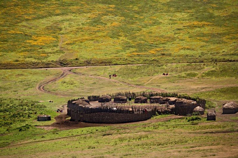 large_Maasai_Manyatta_6-2.jpg
