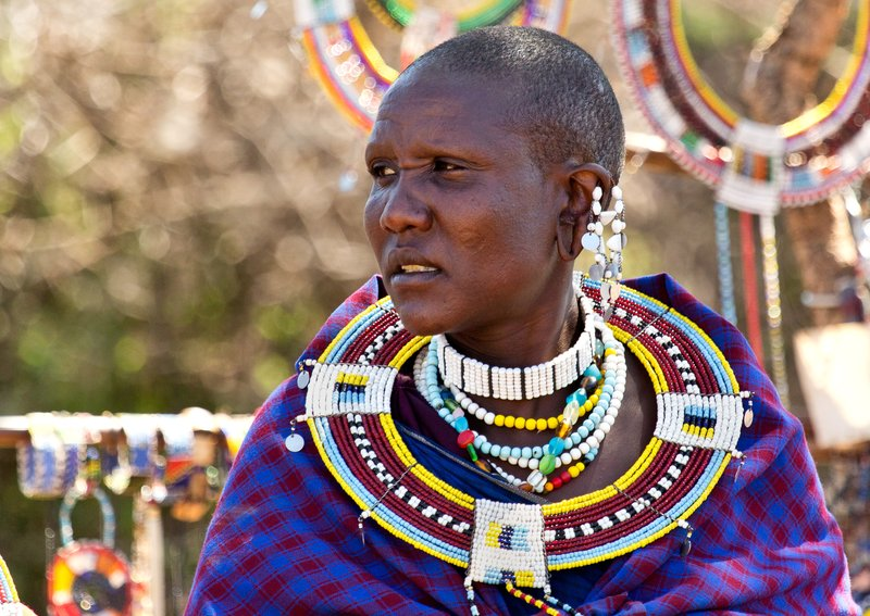 large_Maasai_Woman_3.jpg
