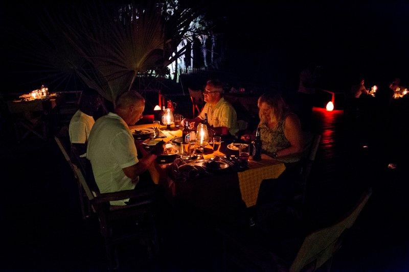 large_Maramboi_Dinner_2.jpg