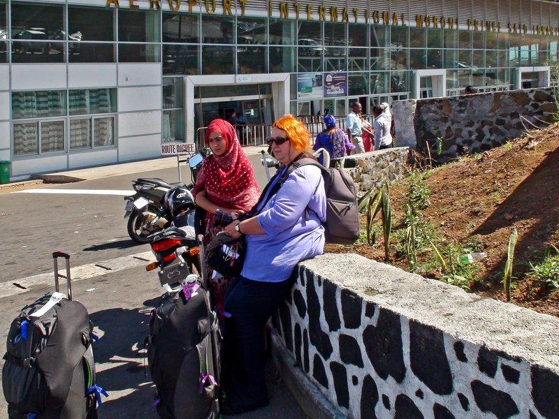 large_Moroni_Airport_2.jpg