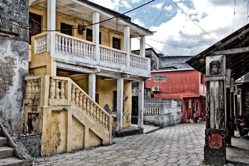 large_Moroni_Old_Town_4.jpg