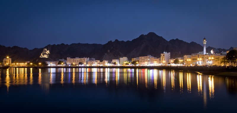 large_Muscat_by_Night_3.jpg