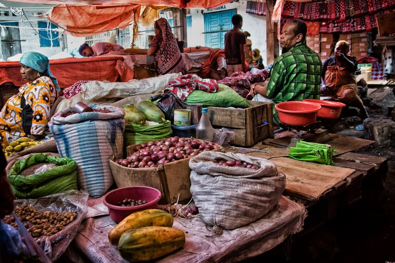 large_Mutsamudu_Market_11.jpg