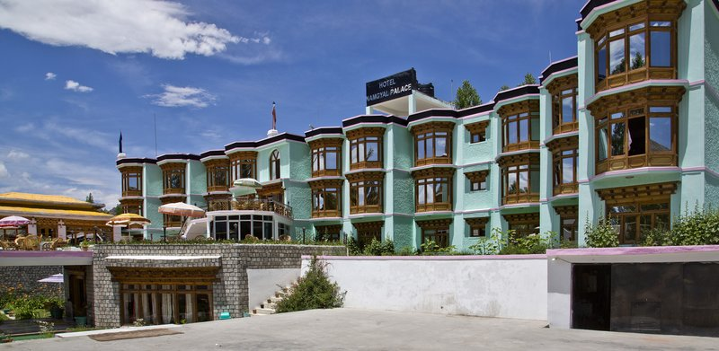 large_Namgyal_Palace_Hotel_6.jpg
