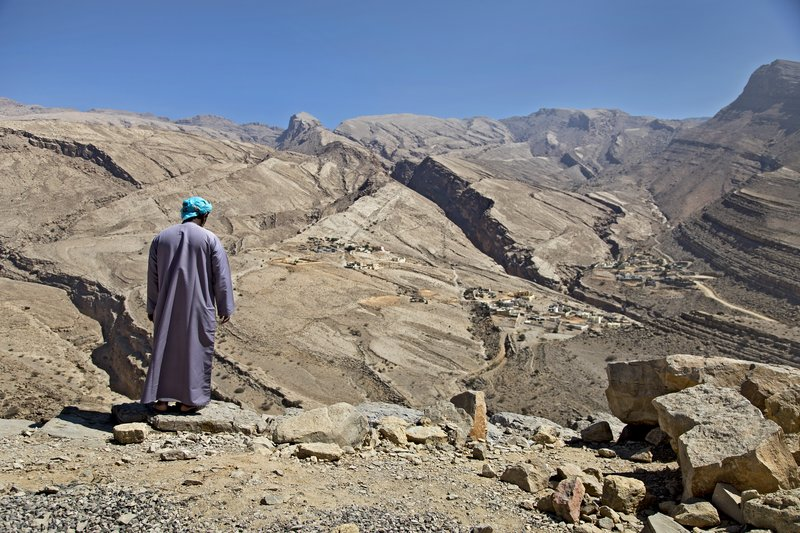 large_Near_Wadi_Bani_Khalid_3.jpg