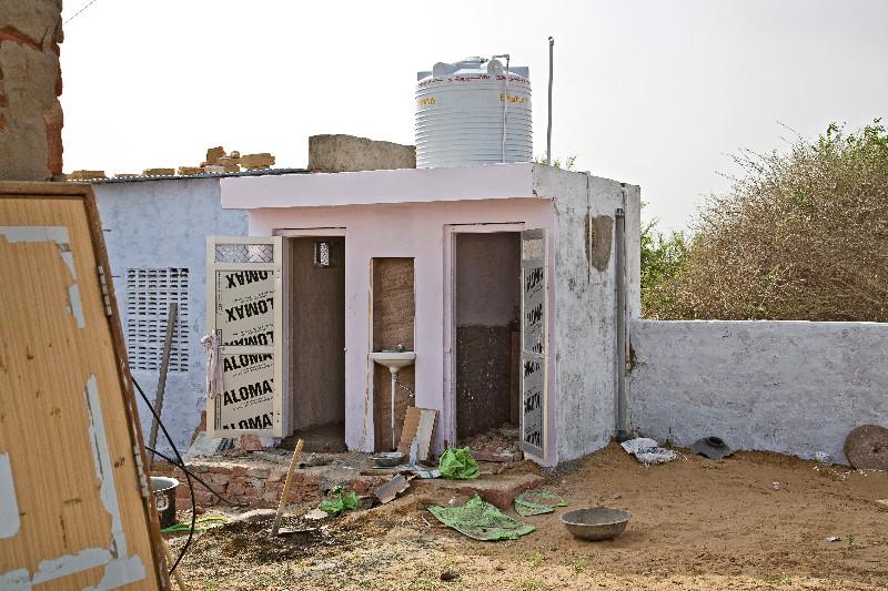 large_New_Toilet..hower_Block.jpg
