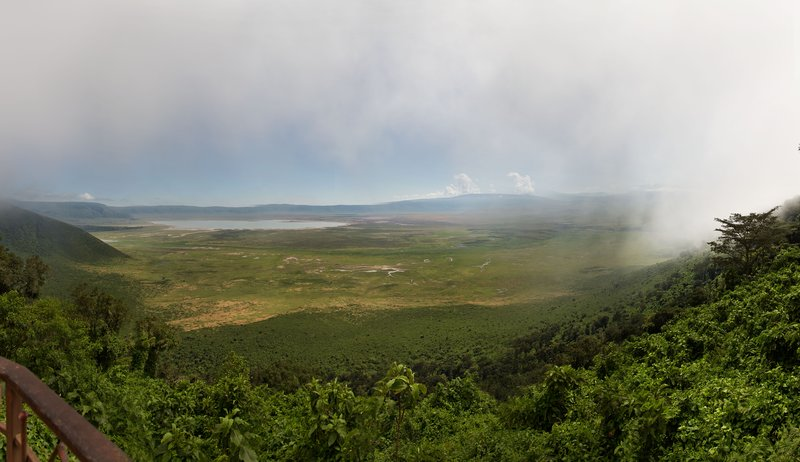 large_Ngorongoro..m_the_Rim_4.jpg