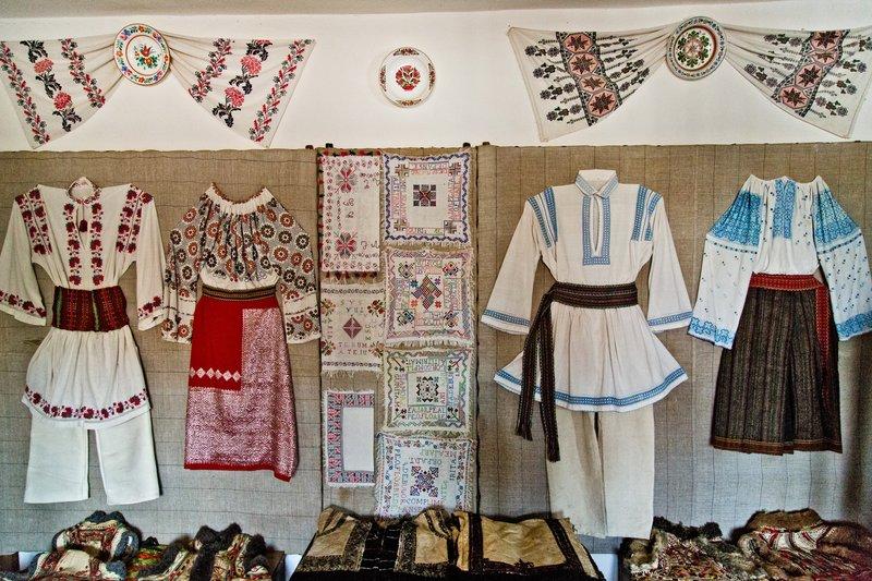 large_Nicolae_Po..l_Museum_30.jpg