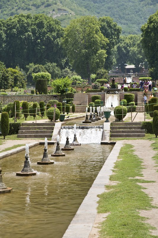 large_Nishat_Gardens_3.jpg