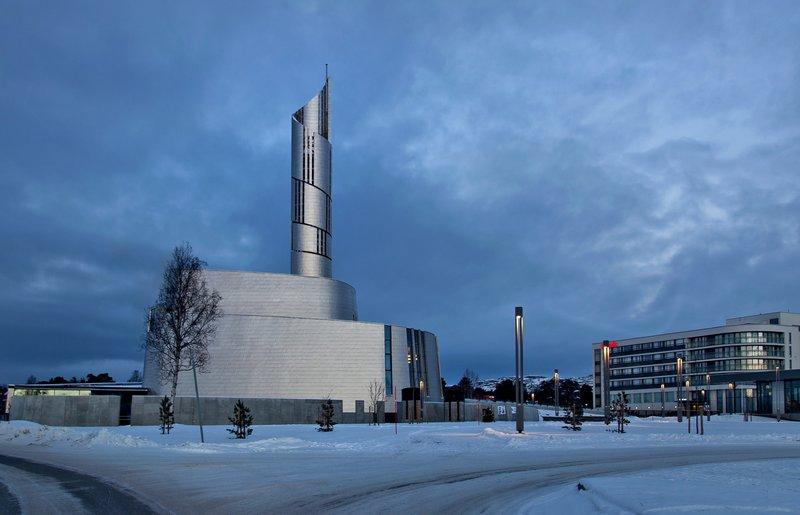 large_Nordlyskatedralen_1.jpg