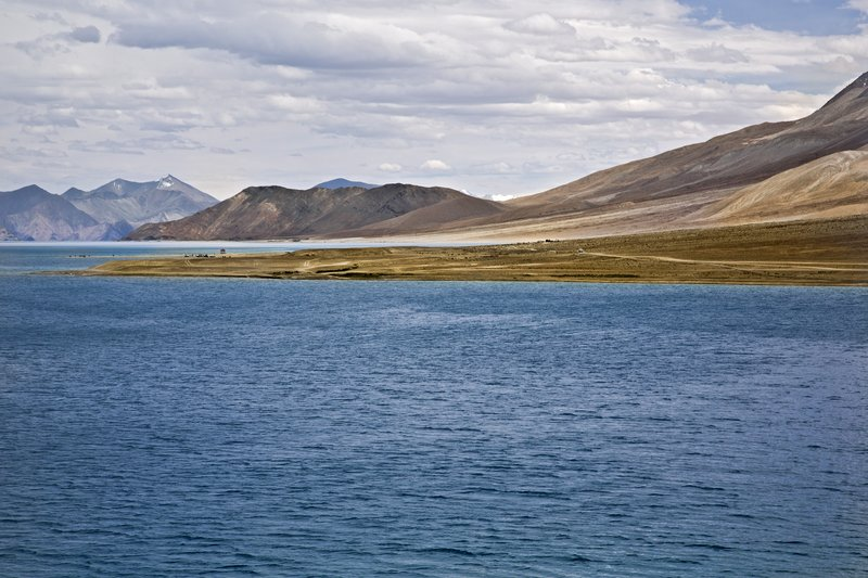 large_Pangong_Lake_11.jpg