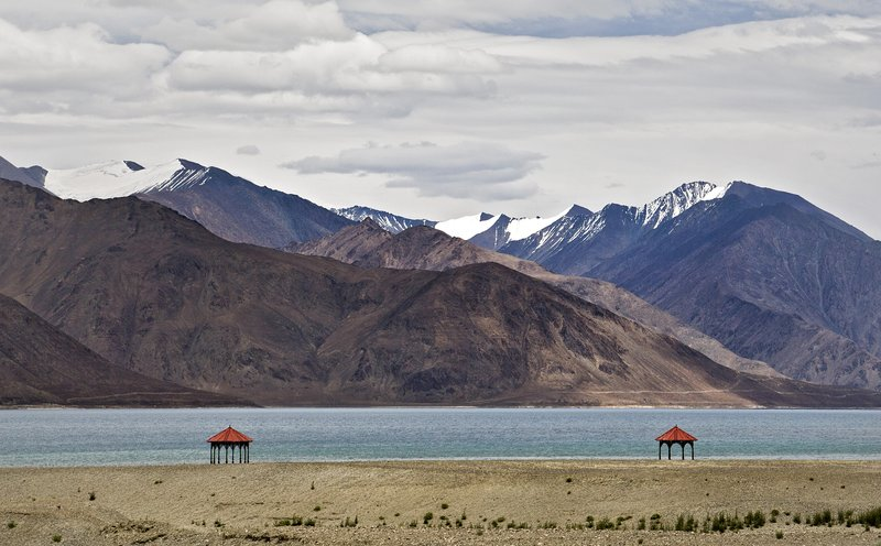large_Pangong_Lake_15.jpg