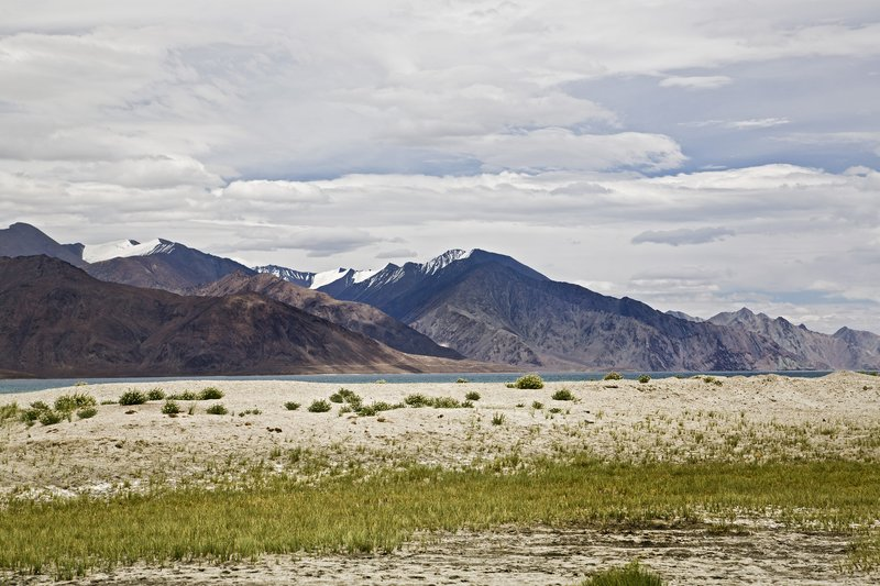 large_Pangong_Lake_16.jpg