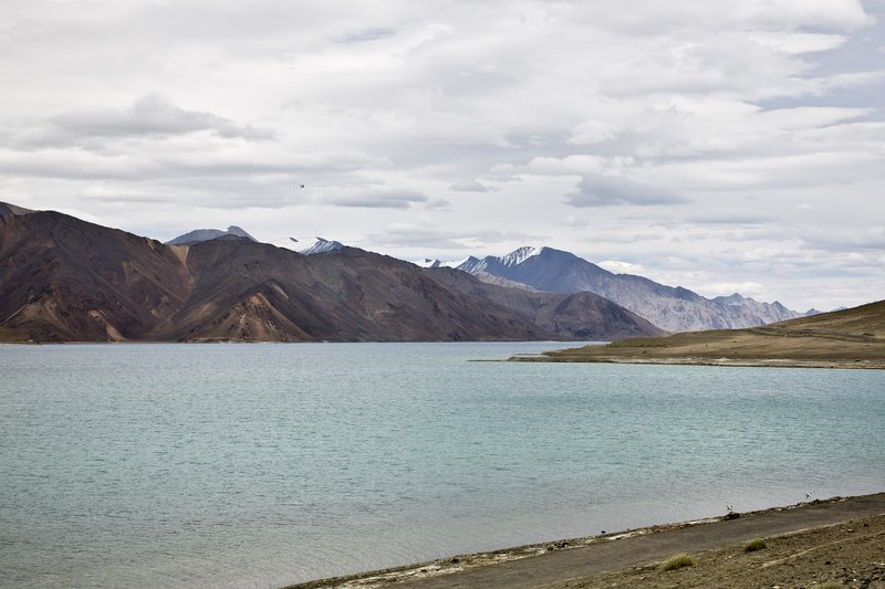 large_Pangong_Lake_6.jpg